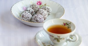 Rich Raw Vegan Chocolate Balls Recipe